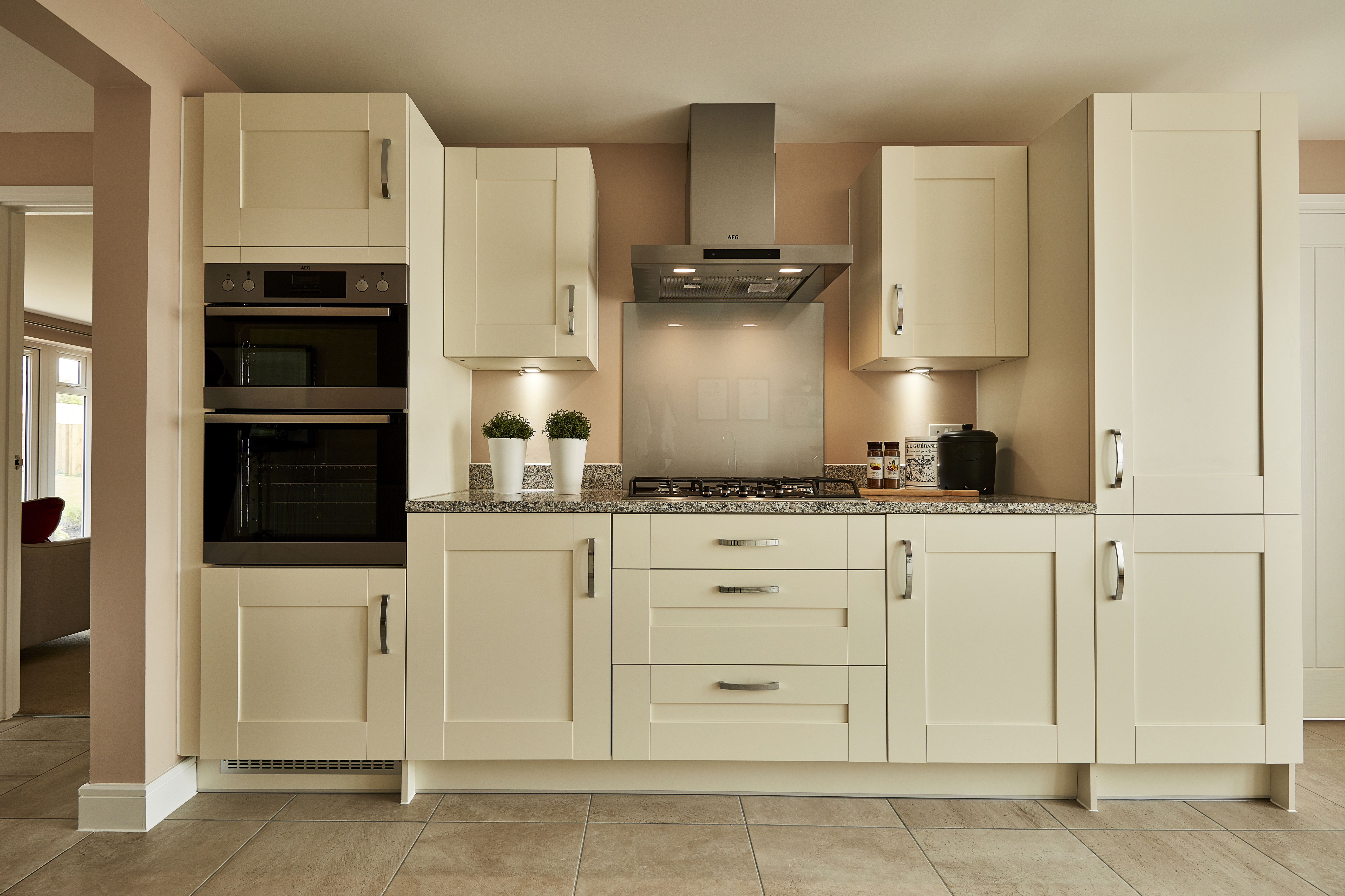 TW OX Thornbury Green_Eynsham_NA45_Marford_Kitchen (2)